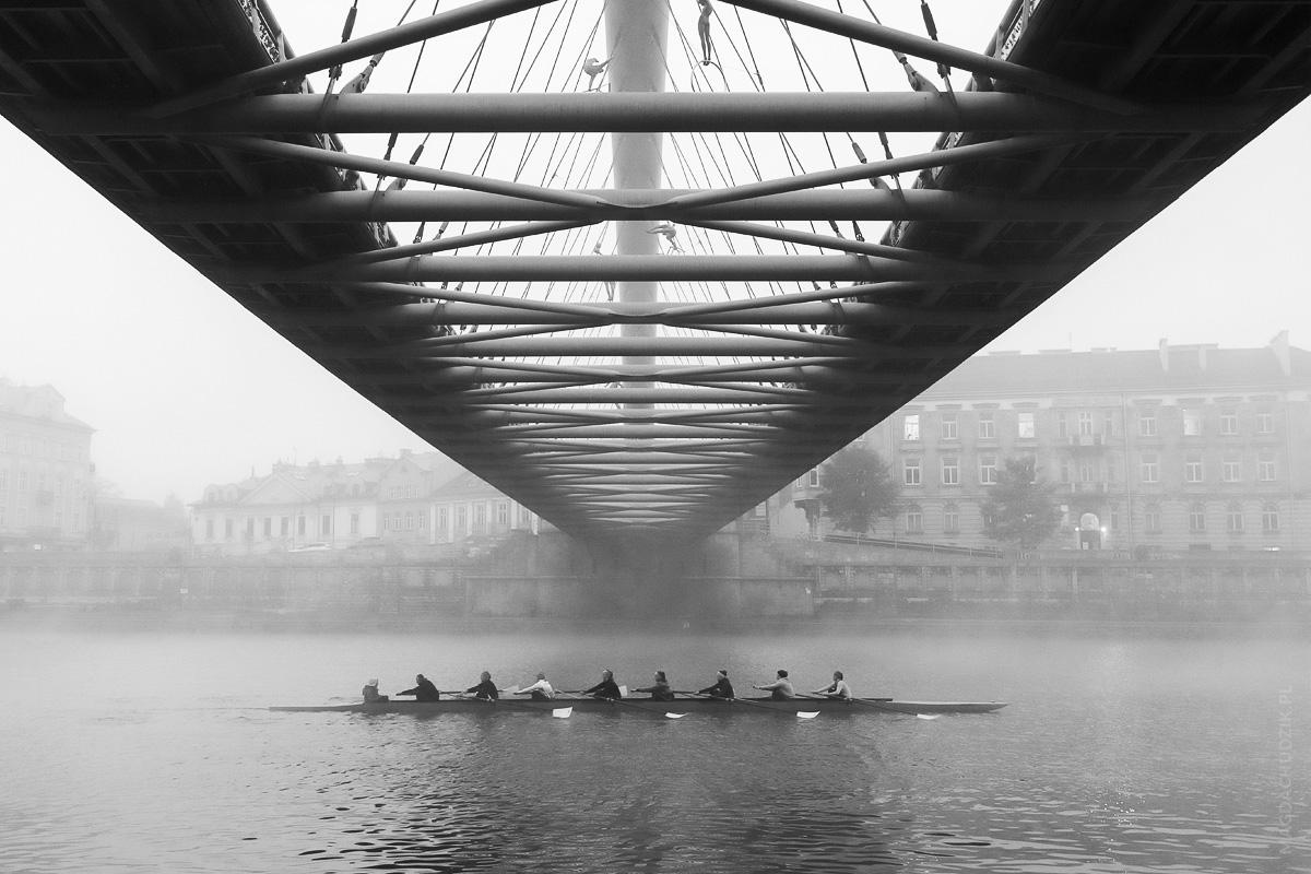 magda chudzik street photography poland krakow footbridge