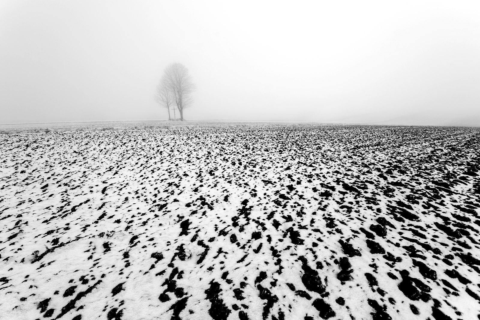 magda-chudzik-black-and-white-landscape-photography-65