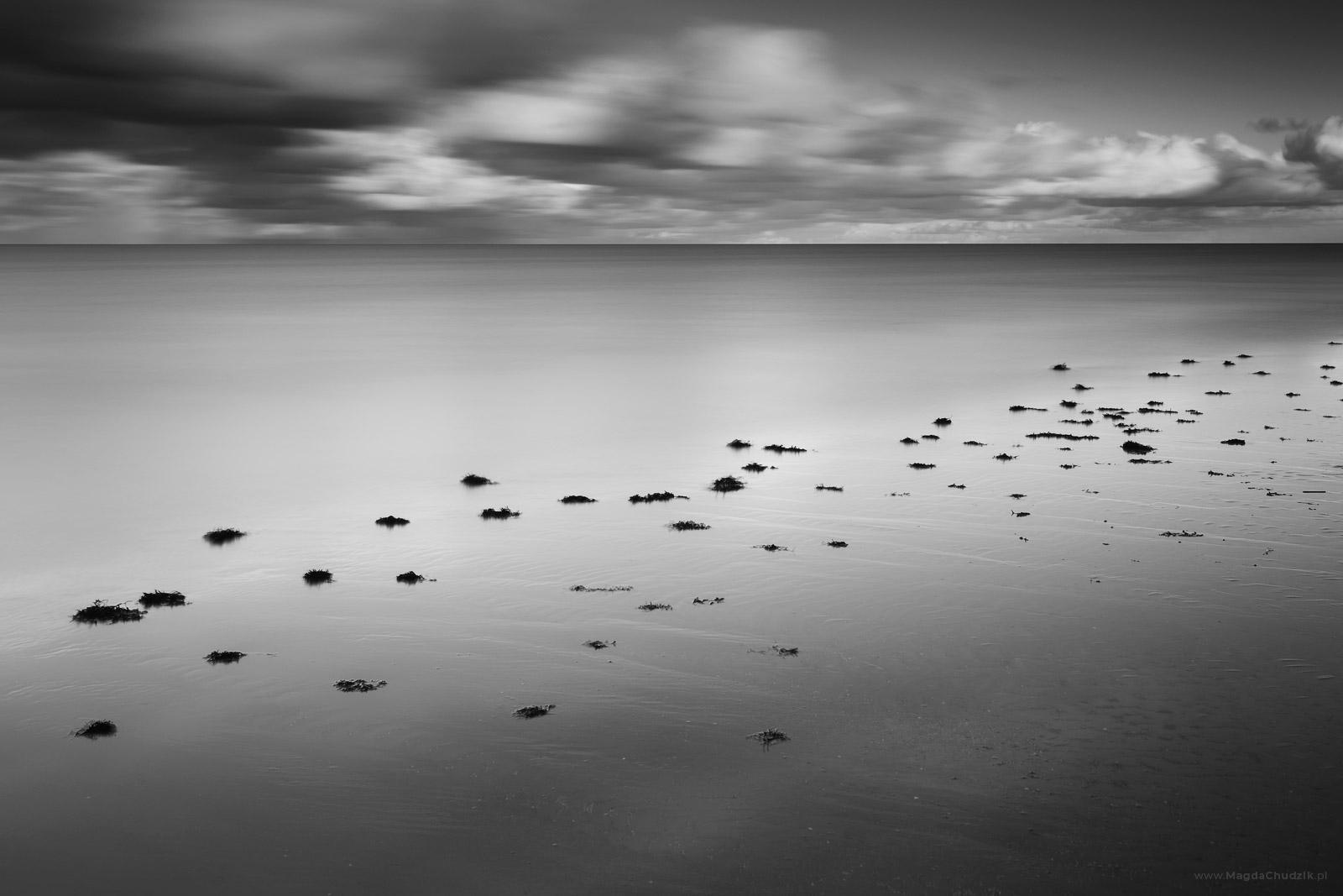 magda-chudzik-black-and-white-landscape-photography-67